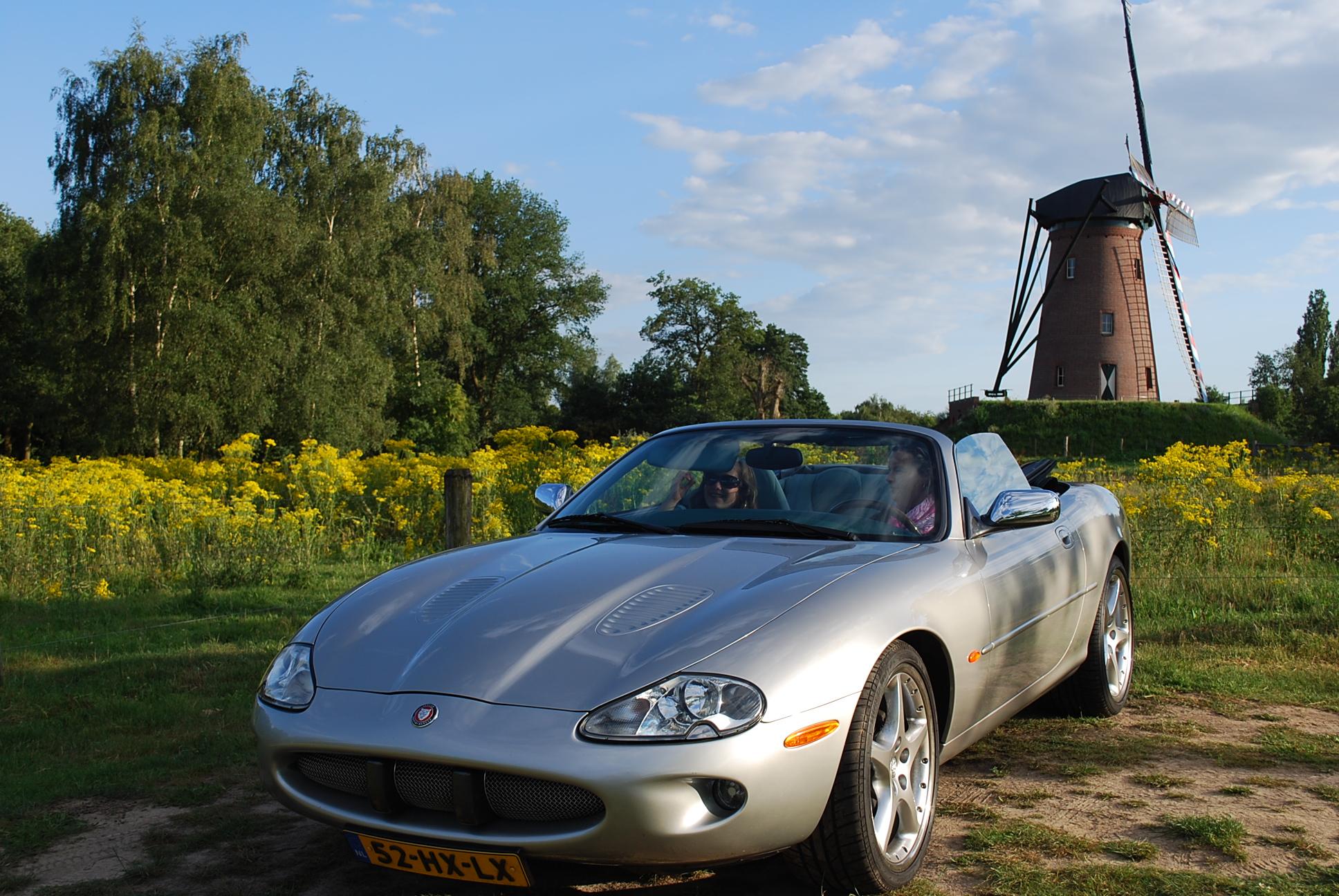 Jaguar XKR Convertible foto 8 (dubbel)