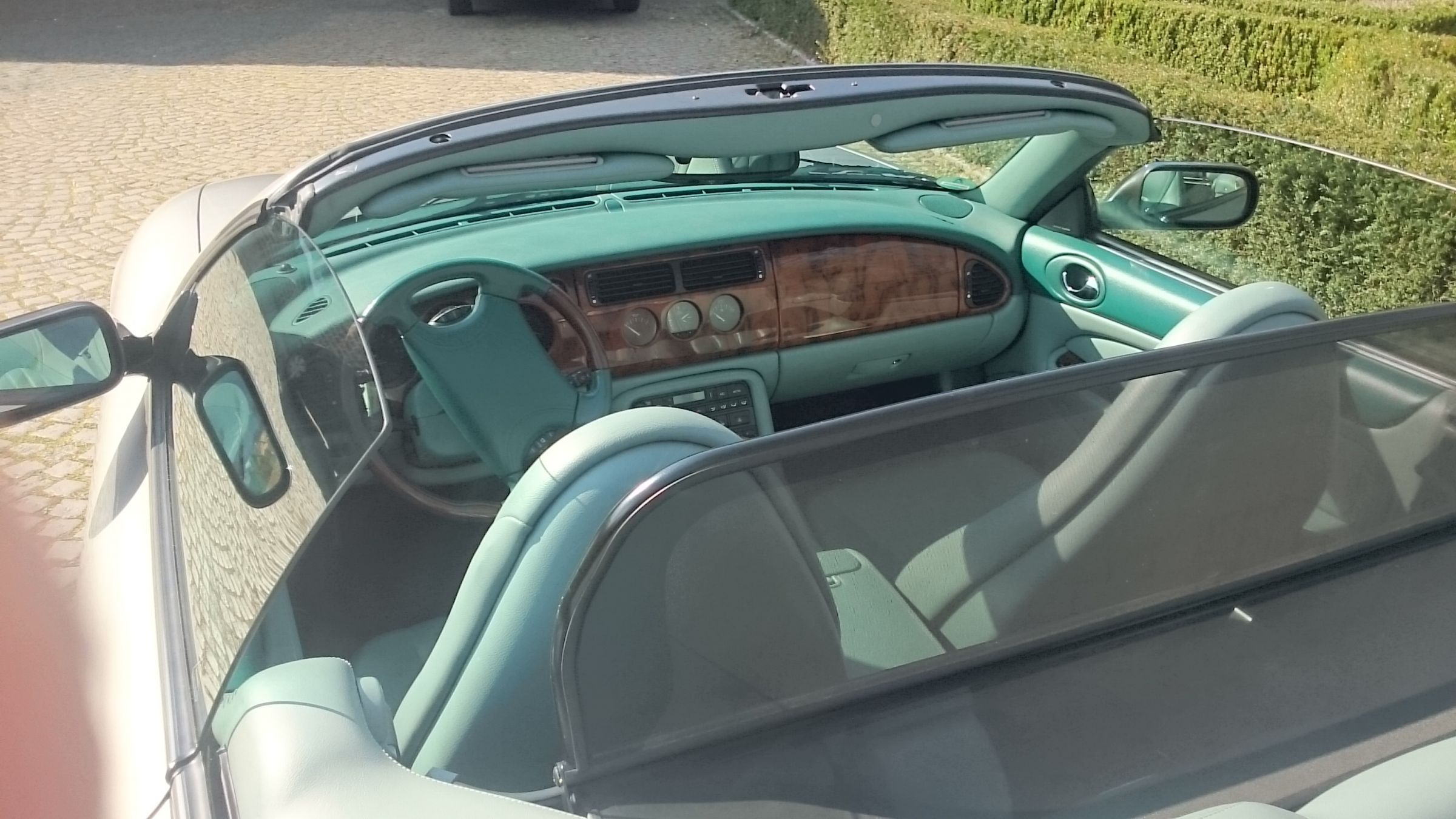 Interieur jaguar xkr convertible albums van onze leden for Interieur jaguar
