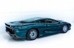 jaguar-xj220-occasion-006.thumb.jpg.dedb9be2ed5eac7a7561459ebddd3494.jpg