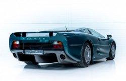 jaguar-xj220-occasion-010.thumb.jpg.0e9f95762ff617e3ec10604203c99366.jpg