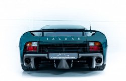 jaguar-xj220-occasion-016.thumb.jpg.320ac764e9cf4255ce2d37453392fece.jpg