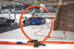 jaguar-f-type-launch-hot-wheels-2.thumb.jpg.6d7ebbc84029e9d6bffdb910280b9620.jpg