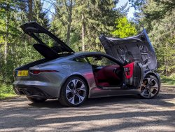 Jaguar-F-Type-P300-2021-1.thumb.jpg.216fc1cc766578e0b9b7daf90e21d21e.jpg