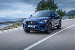 Jag_E-PACE_21MY_Exterior_281020_065.jpg