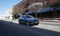 Jag_E-PACE_21MY_Exterior_281020_080.jpg