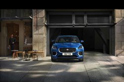 Jag_E-PACE_21MY_Exterior_281020_081.jpg