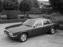 XJ40 retro01