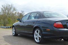 V8 4.2 Exterieur 001